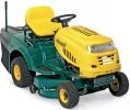 RE 7125 - travní traktor se zadním výhozem