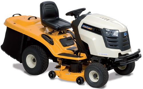 CC 1024 RD-N - travní traktor se zadním výhozem